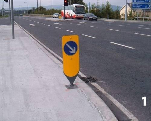Flexi Bollards Hazzard Markers Amp Delineator Roadway